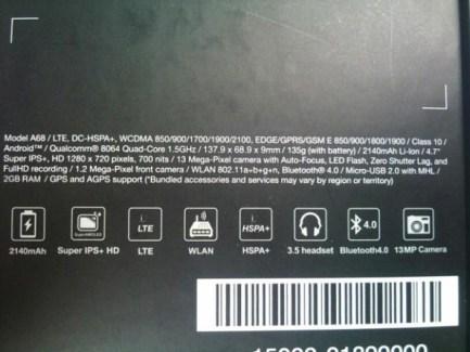 Padfone 2 : Snapdragon S4 Pro quadruple-coeur, 2 Go de RAM, etc.