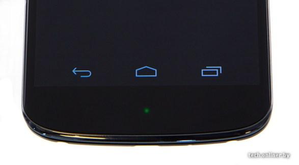 Tech Onliner publie une prise en main du prototype du Nexus 4