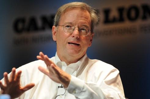 Eric Schmidt : «C'est curieux qu'Apple n'ait jamais attaqué Google»