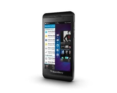 Les deux premiers smartphones sous BlackBerry 10 officialisés : les Z10 et Q10