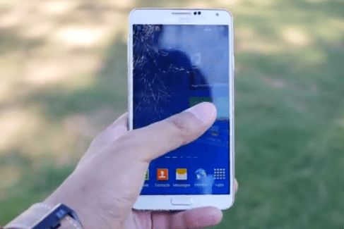 Crash test : l'écran du Samsung Galaxy Note 3 au banc d'essai
