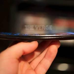 Le LG G Flex se dévoile en photos et vidéo