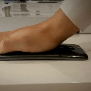Le LG G Flex dispose réellement d'un écran flexible