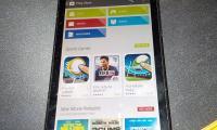BlackBerry en passe d'intégrer le Play Store à ses smartphones sous...