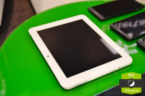 Prise en main de la tablette Archos 80 Helium : 8 pouces, 4G, 249 euros