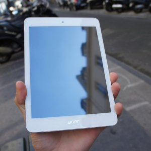 Test de la tablette Acer Iconia A1-830, une tablette 7,9 pouces modeste