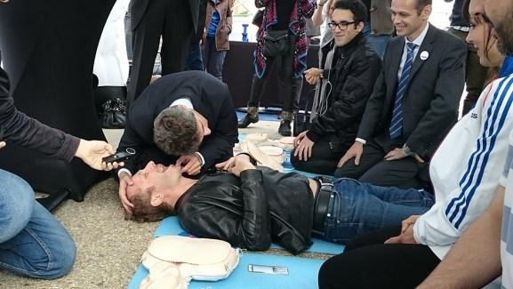 Acer accompagne Life-Priority dans la formation à la réanimation cardio-pulmonaire