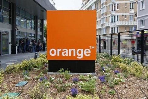 Orange : l'Etat lâche du lest