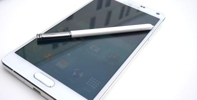 Samsung Galaxy Note 4 : une première mise à jour pour améliorer l'autonomie