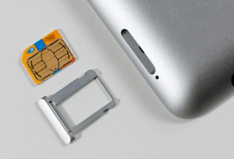 Cartes SIM intégrées dans les iPad : vers un nouveau modèle économique pour les opérateurs ?
