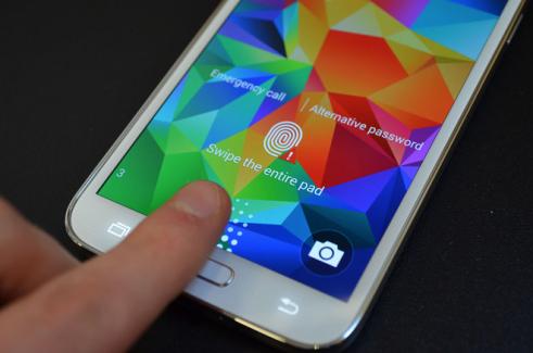 Un juge de l'Etat de Virginie autorise les policiers à exiger des empreintes digitales pour déverrouiller un smartphone
