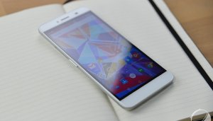 Test du Archos Diamond Plus, l'aspect premium...