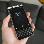 Test du BlackBerry KEYone : enfin un smartphone sortant du lot !