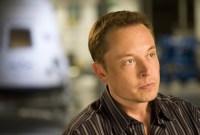 Hier, Musk a perdu une fusée, 780 millions de dollars et l'amitié de Mark Zuckerberg
