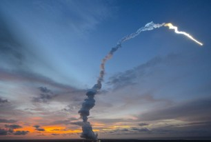 Satellites : Arianespace retrouve son planning de lancement initial