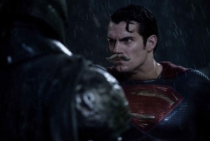 Justice League : la moustache de Superman sème la discorde