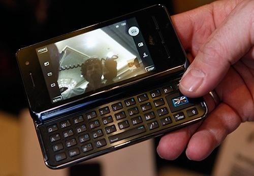 CES 2010 : Saygus Vphone, encore un androphone !