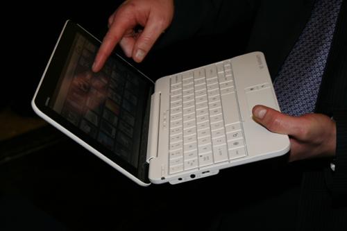 Plus de détails sur le smartbook HP Compaq AirLife 100 sous Android