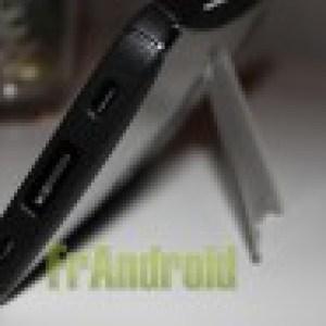 Test accessoires pour Galaxy Tab (P1000) : l'étui iHybrid Stand et une protection d'écran anti-reflet