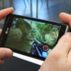 LG Optimus 3D : Une publicité sur la démonstration de jeux Gameloft en 3D