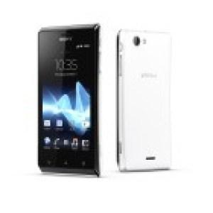 Deux autres modèles Sony Mobile annoncés à l'IFA : les Xperia V et Xperia J