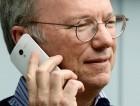 Même le patron d'Alphabet utilise un iPhone