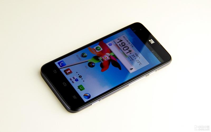 ZTE U988S, premier smartphone sous Tegra 4 est officiel