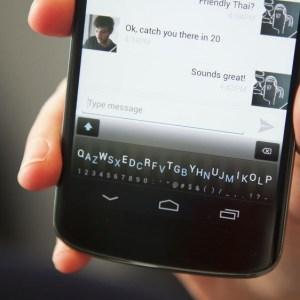 Minuum Keyboard, le clavier virtuel d'une ligne accueille le français, l'allemand et l'italien