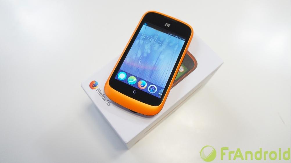 Geeksphone Revolution : un mariage de Firefox OS et Android dans un même mobile sous Intel Atom ?