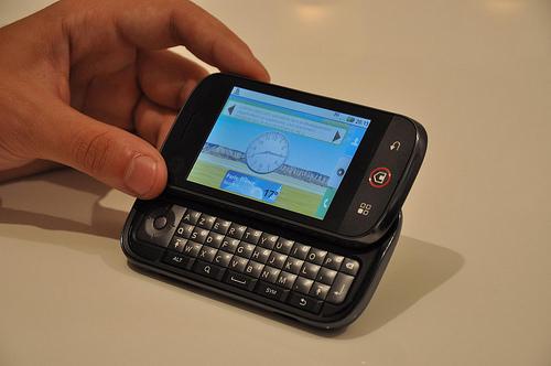 Le Motorola Dext chez Orange sortira le 5 novembre à 99 euros