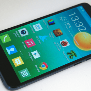 Test du Alcatel One Touch Idol 2 S, un pas vers le borderless