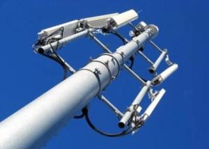 Déploiement 4G : Free traîne les pieds, SFR et Bouygues Telecom accélèrent