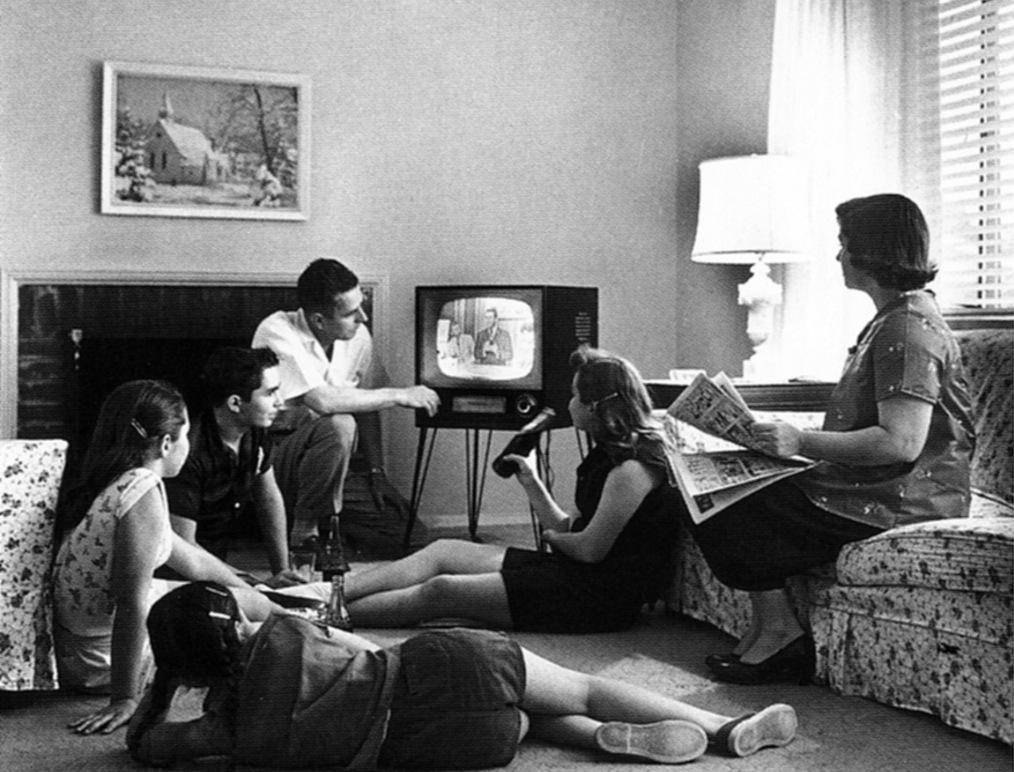 Un rapport presse le gouvernement d'étendre le redevance TV aux tablettes et smartphones dès 2016