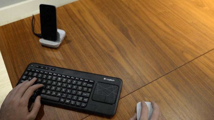 Andromium : un dock pour transformer son smartphone en ordinateur