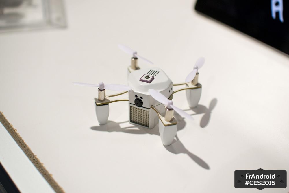 ZANO : le mini drone finit sa campagne de financement haut la main et se montre au CES