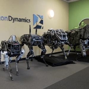 Boston Dynamics présente Spot, son nouveau chien robotique