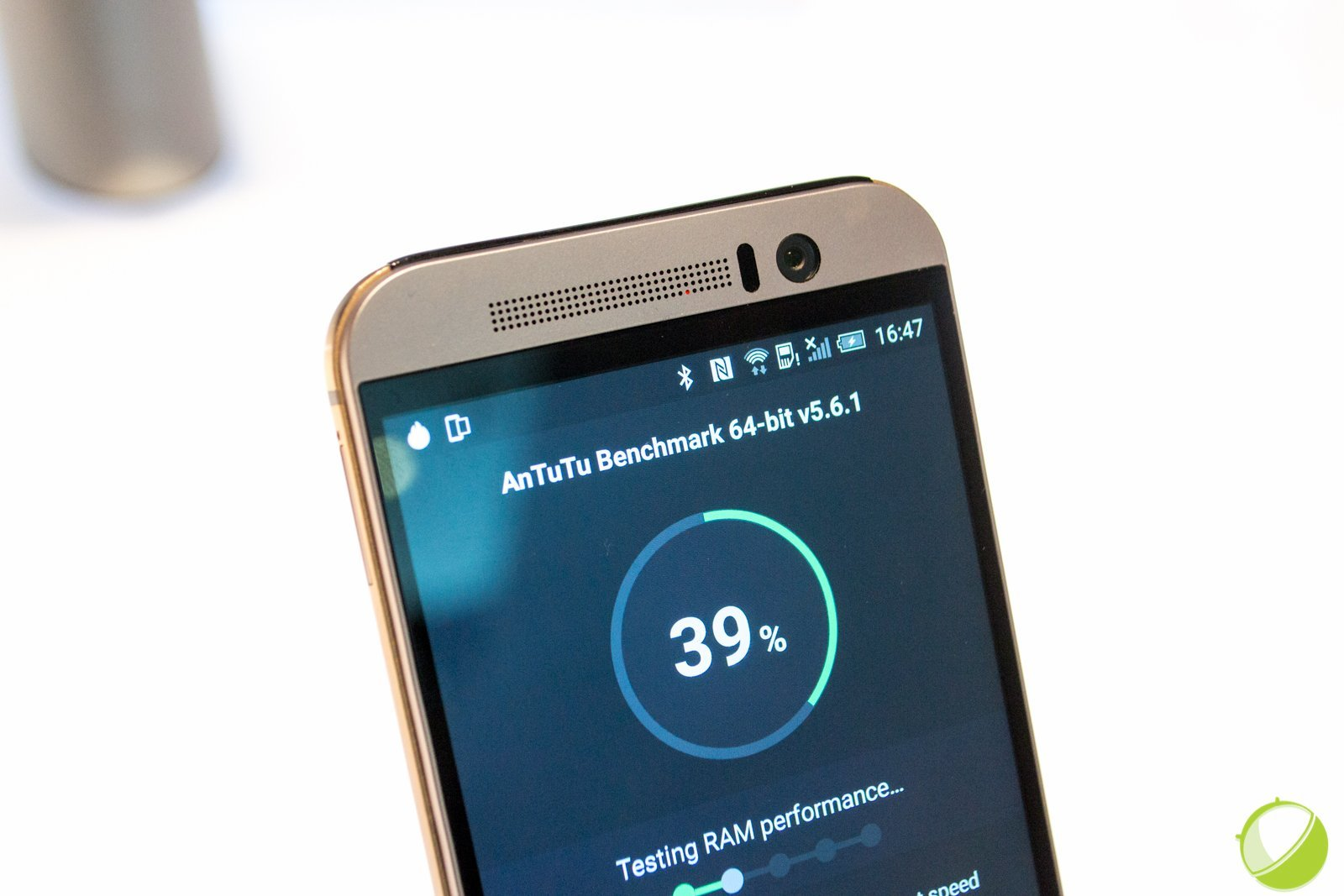 Performances : HTC One M9 vs M8 vs Samsung Galaxy S6