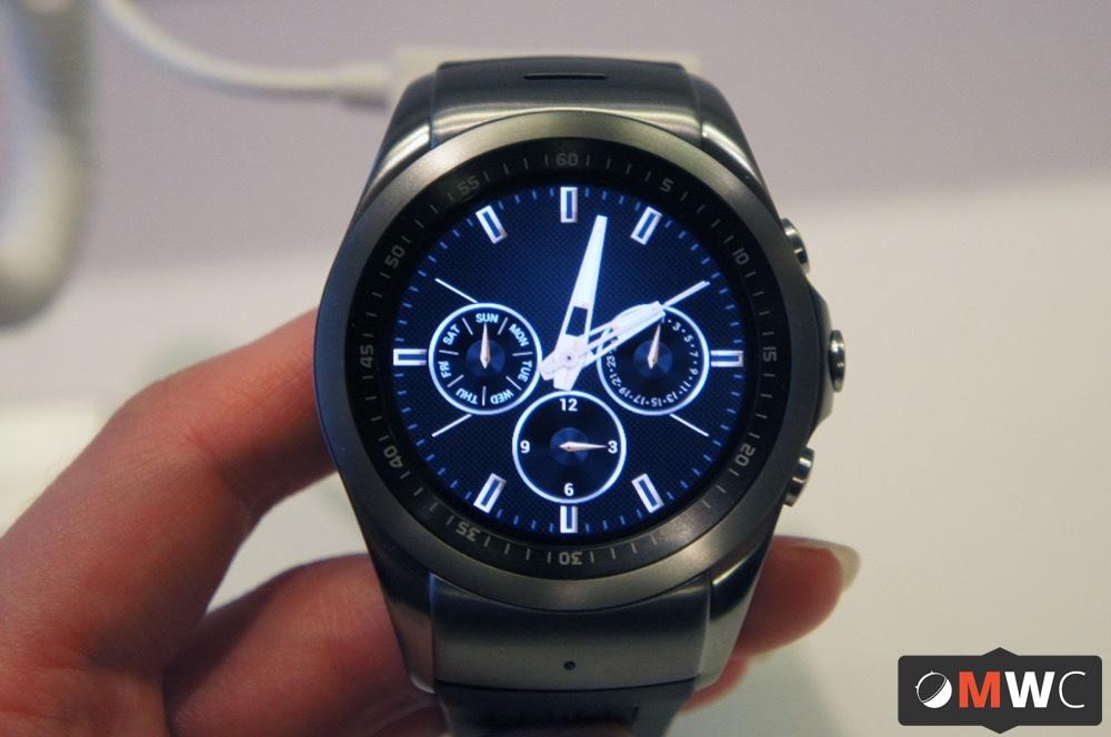 Prise en main LG Watch Urbane LTE, l'ultra-complète sans Android Wear