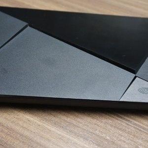 En attendant sa commercialisation, la Shield Console se fait bencher