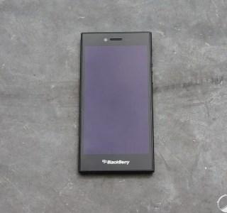 Prise en main du BlackBerry Leap : un Z30 légèrement remanié
