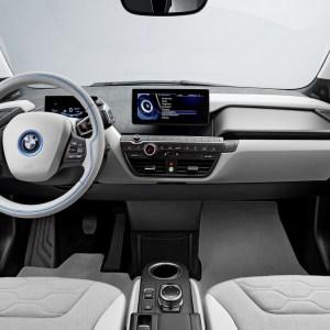 Samsung et BMW planchent sur des voitures autonomes qui se conduisent… à la voix