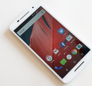 Test du Motorola Moto X Play, il joue la carte de l'autonomie