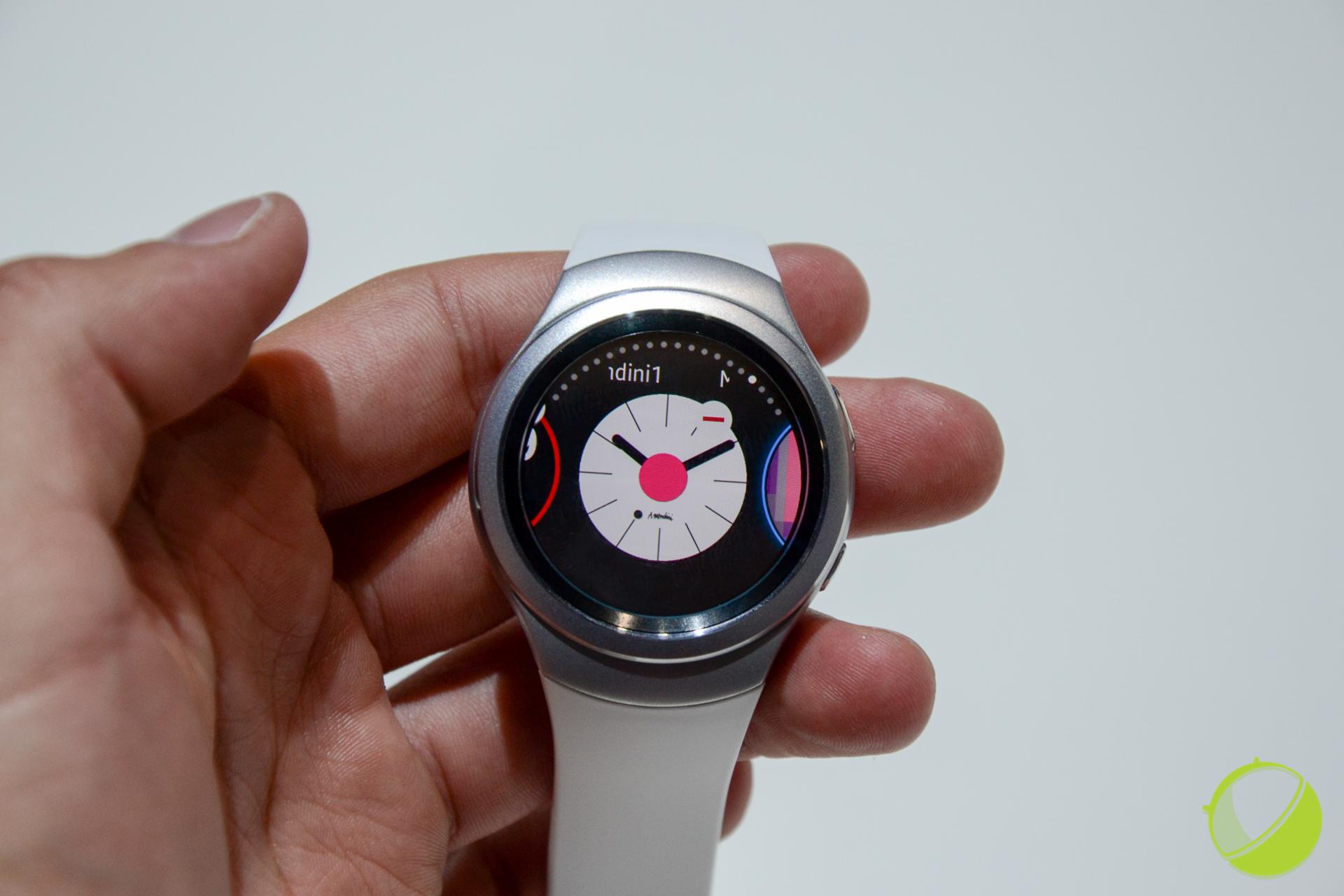 Samsung GearS2 : on connaît maintenant son prix et sa date de sortie