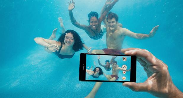 Malgré leur étanchéité, Sony conseille de ne pas utiliser ses mobiles sous l'eau