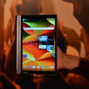 Prise en main de la Lenovo Yoga Tab 3 (Pro), la tablette équipée d'un pico-projecteur