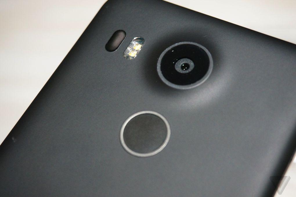 🔥 Soldes : Le Nexus 5X à 279 euros + une coque Spigen et un film protecteur offerts