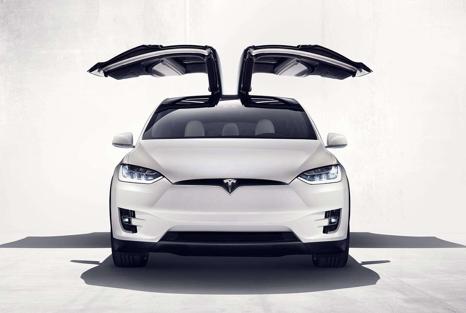 Tesla utilise des Google Glass pour réparer ses voitures