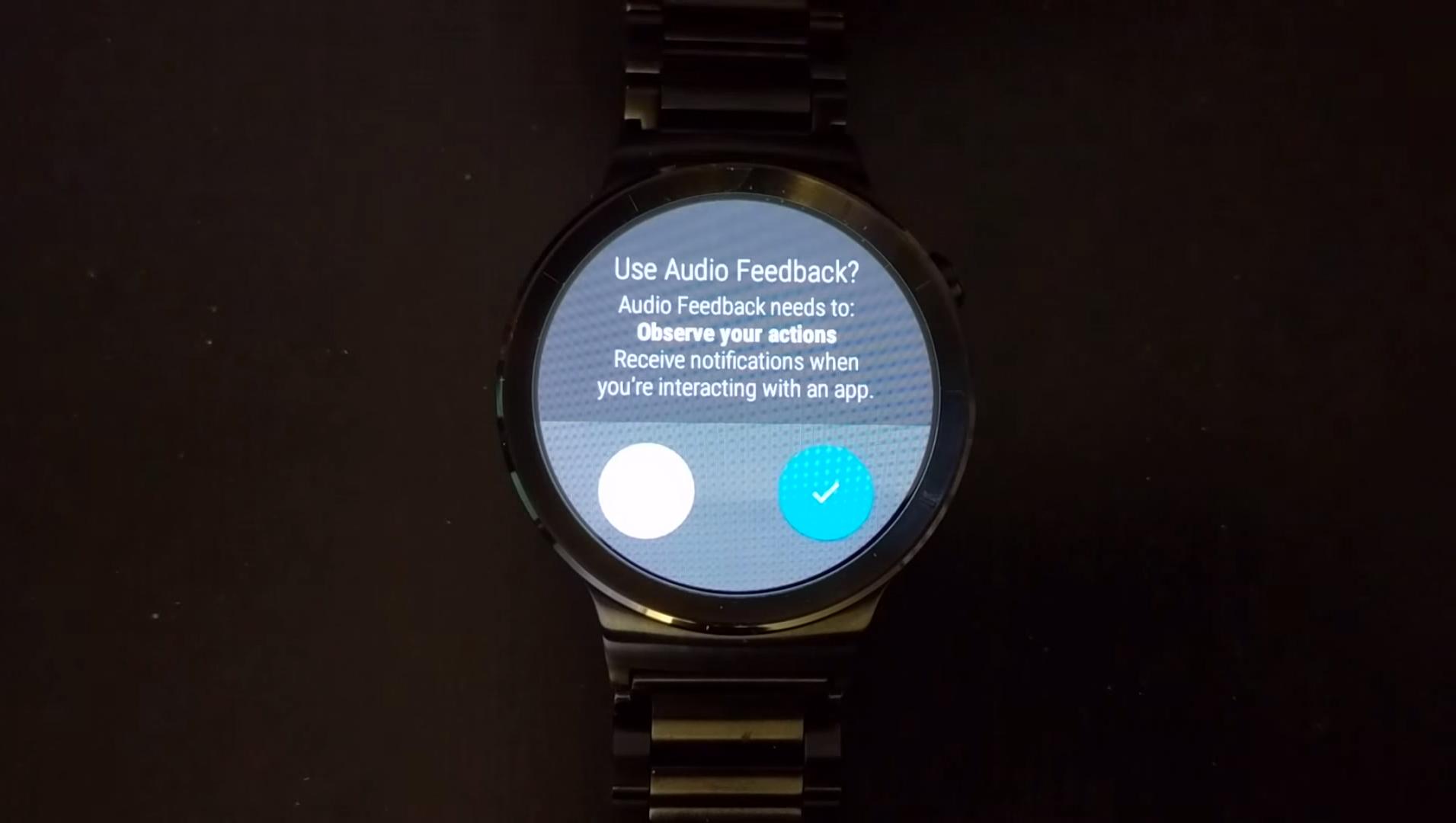 Android Wear : la prochaine mise à jour activera le haut-parleur de la Huawei Watch