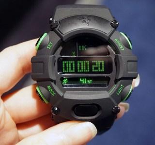 CES 2016 : Prise en main de la Razer Nabu Watch, l'autonomie avant tout