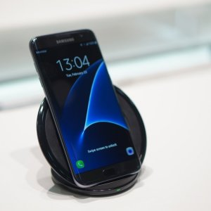 Aperçu du chargeur à induction du Samsung Galaxy S7